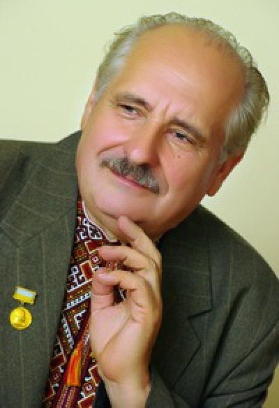 Степан Пушик як мовна особистість: чинники становлення. З творчої метрики