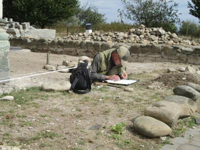 Археологічна осінь. Нові дослідження храму Cв. Пантелеймона
