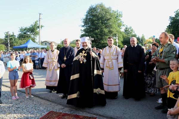 Блаженніший Святослав Шевчук освятив нову церкву в Галичі